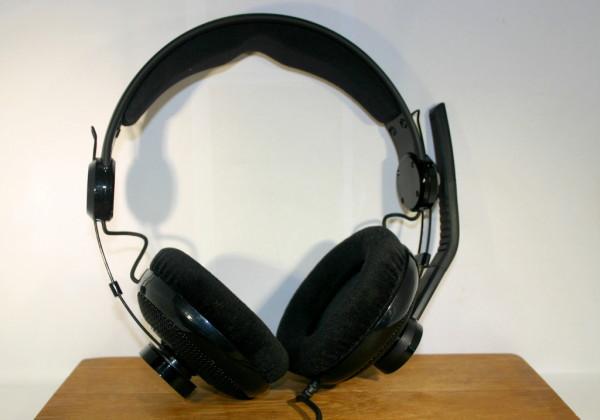 headset_1024