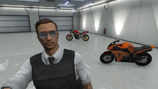 GTA O in garage
