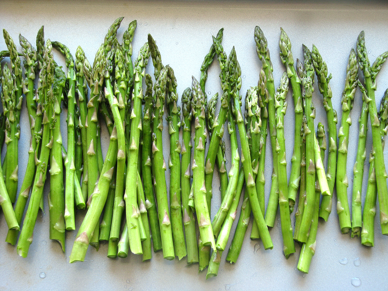 This is asparagus. Don't bring this.
