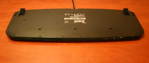 Razer Anansi keyboard underside_800