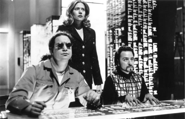 picture-of-lorraine-bracco-fisher-stevens-and-penn-jillette-in-hackers-large-picture
