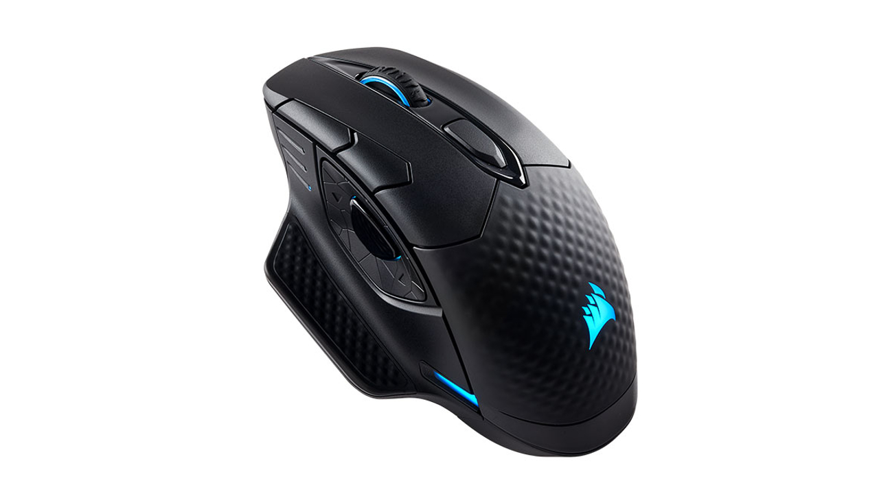 1da9ebfae9b Corsair's Dark Core mouse family is a new branch in their catalogue of  wireless gaming mice, but with a twist. The cheaper of the two is the  regular Dark ...